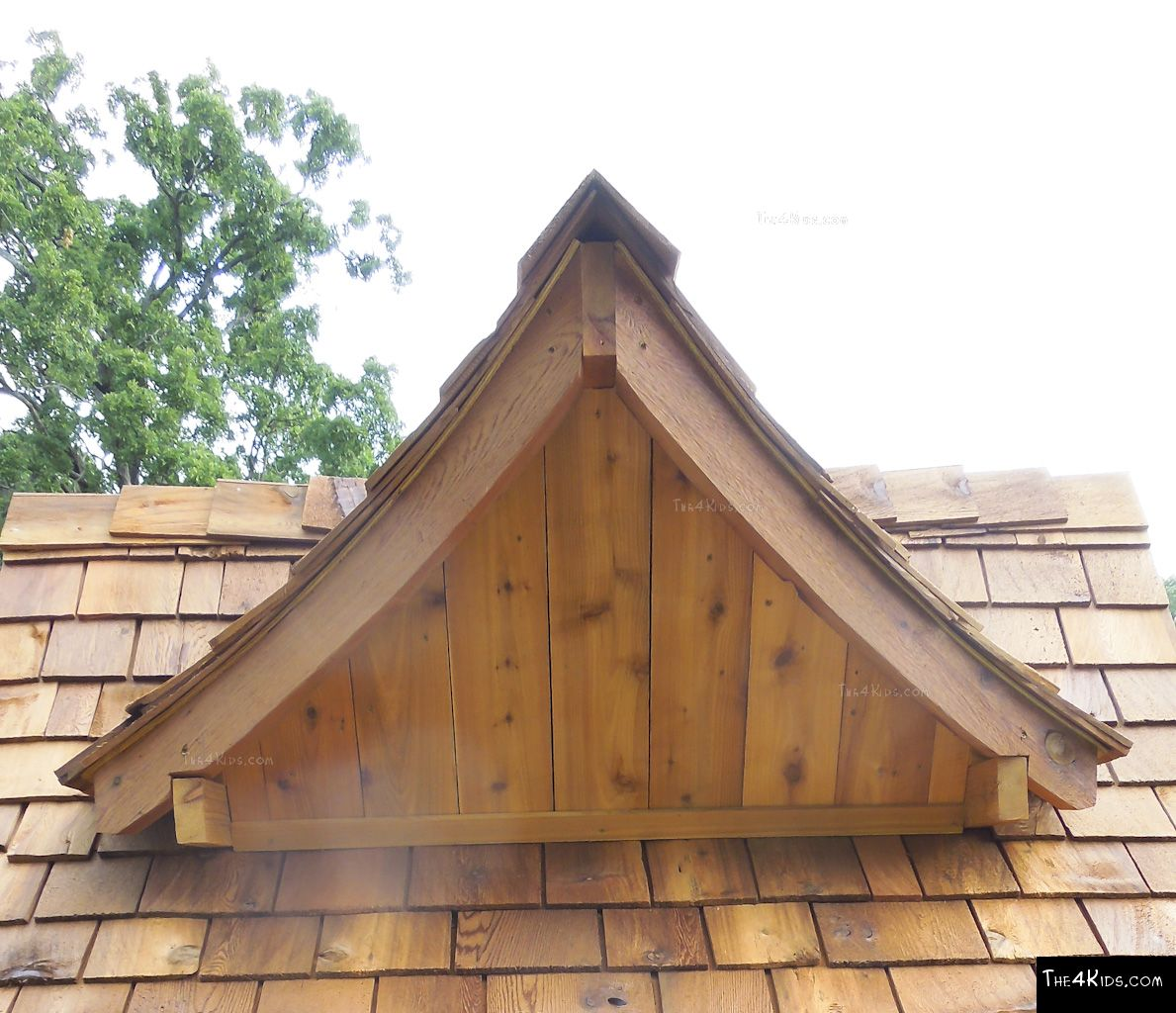 Tree house roof dormer the 4 kids for How to build a treehouse roof