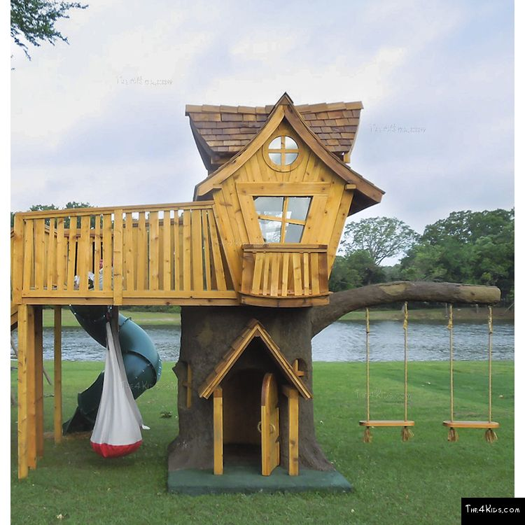 Image of Tree House Deck