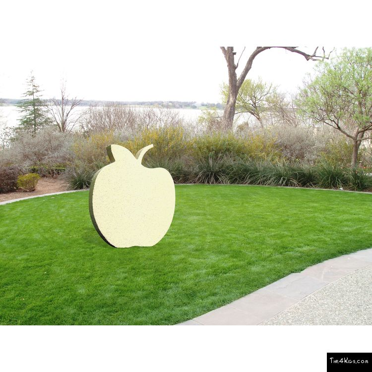 Image of Apple Cutout